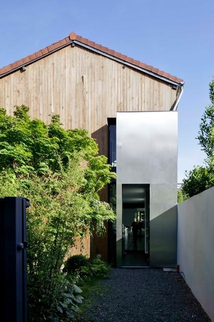 maison yume contemporain fa ade paris par frank salama. Black Bedroom Furniture Sets. Home Design Ideas