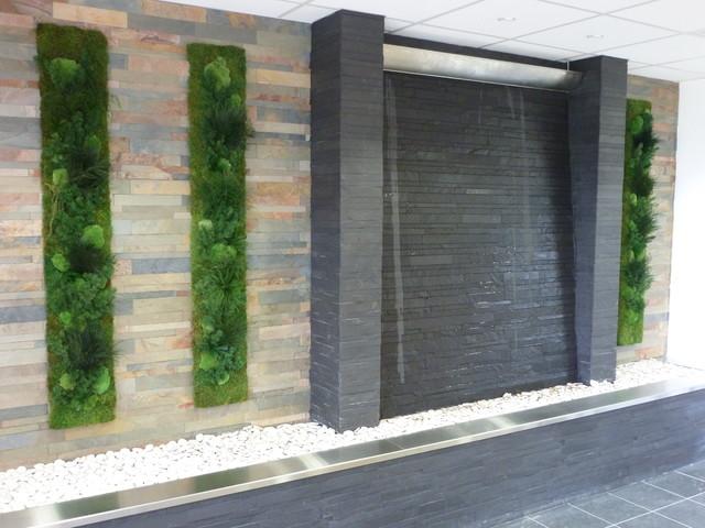 mur vegetal accueil entreprise - Contemporain - Façade - other metro ...