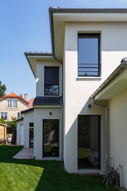 Renovation Entiere D Une Maison Graphique Et Minimaliste Projet Louis M Moderne Facade Autres Perimetres Par Mon Concept Habitation