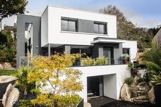 une maison moderne moderne fa ade brest par jacques seignez marine gouyec. Black Bedroom Furniture Sets. Home Design Ideas