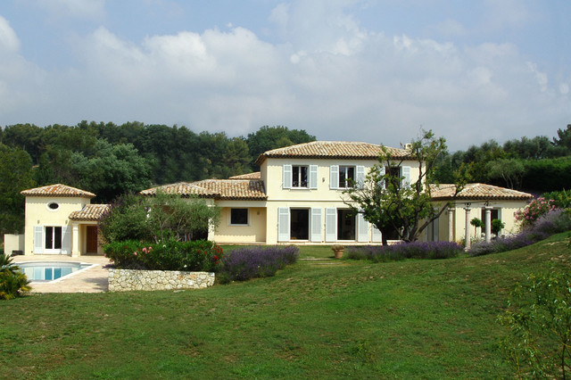 Villa neo provencale valbonne m diterran en fa ade nice par sarl midi - Facade maison provencale ...