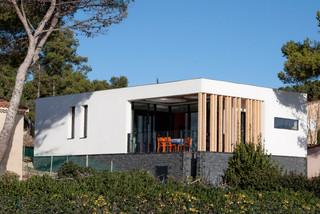 Villa r contemporain fa ade marseille par kaboom - Refection de facade maison ...