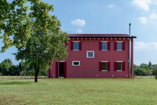 Casa privata in campagna facciata venezia di for Colore facciata casa campagna