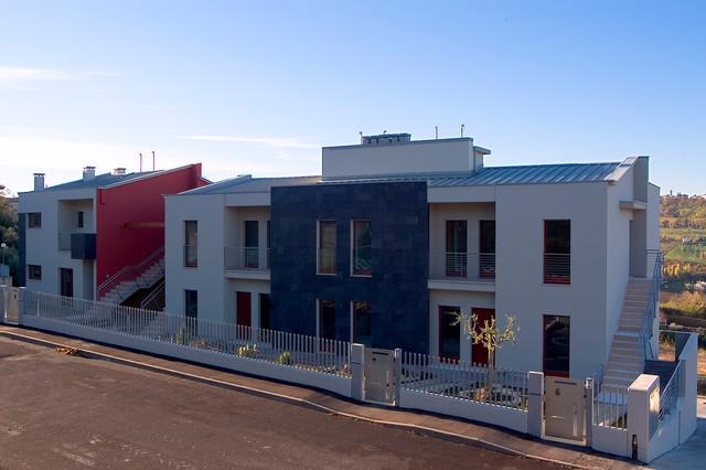 Palazzine residenziali moderne moderno facciata for Palazzine moderne