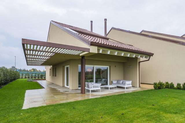 Realizzazioni attico citta 39 for Casa in stile scandole
