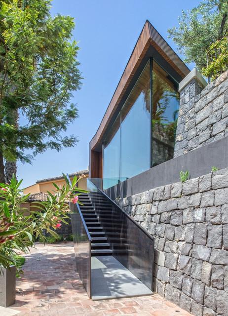 Villa r for Casa in stile scandole