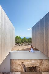 Lujo sobrio y vistas de infarto en una casa en Formentera
