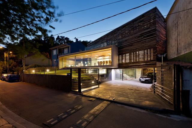Stein Gabione Hochbeet : dezanove house  Haus & Fassade  london  von YourArchitectLondon