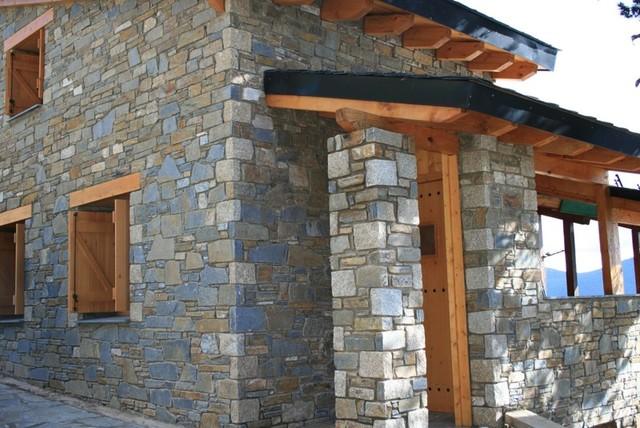 Tipos de piedra casa de campo fachada otras zonas - Tipos de mamposteria de piedra ...