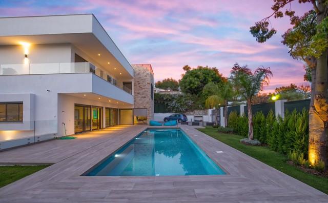 Villa de lujo Aloha Heights moderno-fachada
