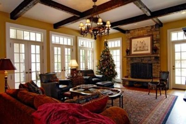 19th C. Classical Revival - Estate house traditional-family-room