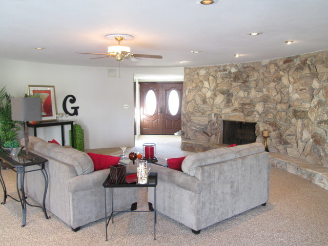 2013 Photos Staged Properties traditional-family-room