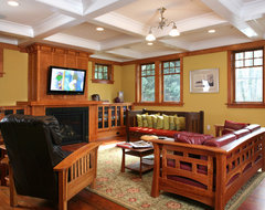 5126 Fairglen traditional family room