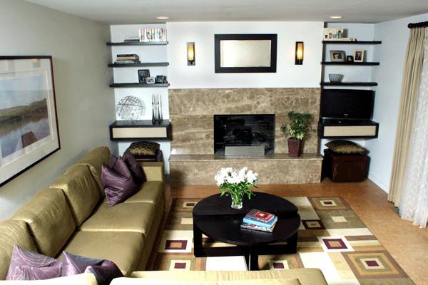 A pop of color contemporary-family-room