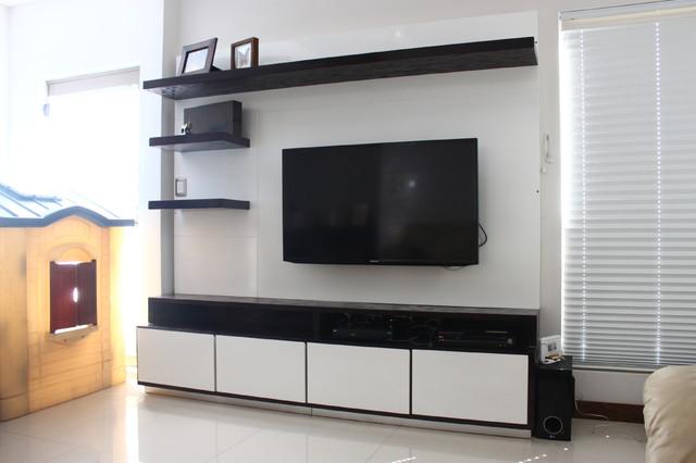 ADN Studio modern-family-room