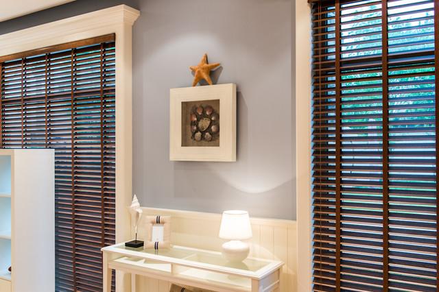 Ahmad Al Maousherji's chalet traditional-family-room