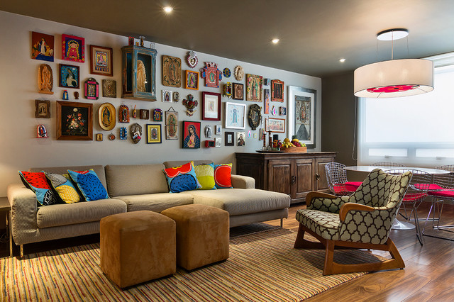APARTMENT IN TAMARINDOS eclectic-family-room