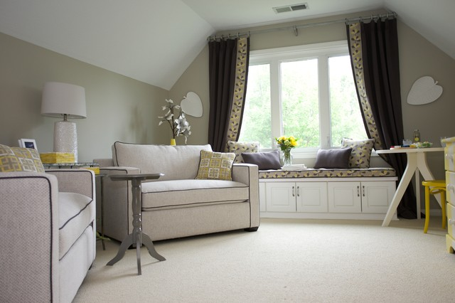 Example of a mid-sized transitional enclosed carpeted family room design in Indianapolis with gray walls