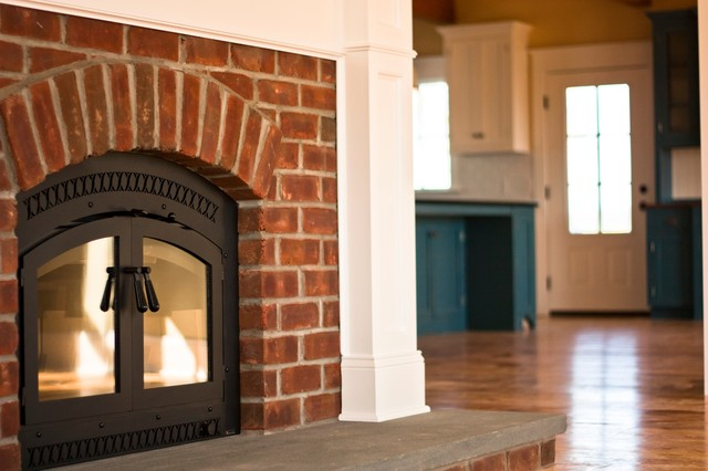 Arthur Custom Home traditional-family-room