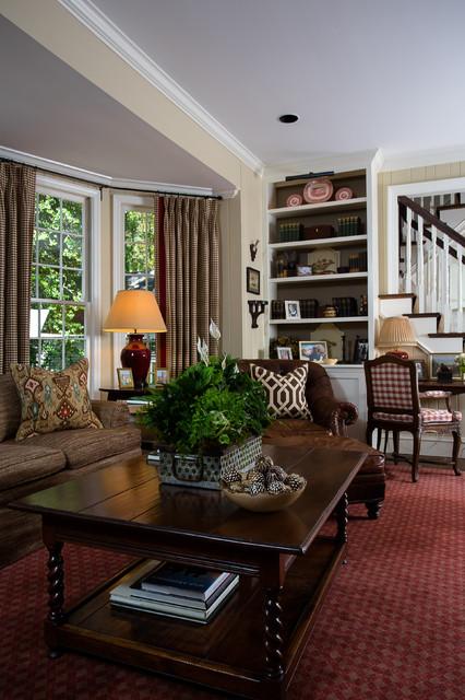 Atlanta residence traditional-family-room