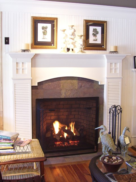 Beach cottage fireplace traditional-family-room