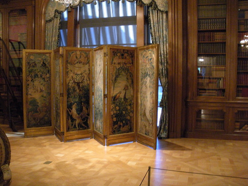 Beautiful tapestry room divider family-room