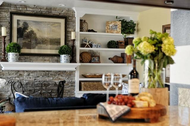 blue coastal maritim wohnzimmer san diego von kathy ann abell interiors. Black Bedroom Furniture Sets. Home Design Ideas