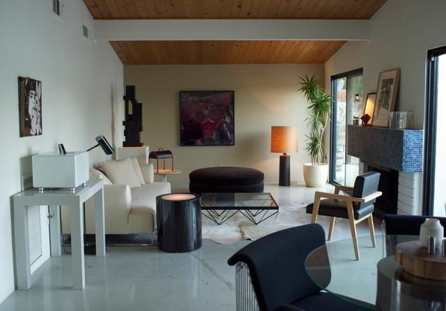 Brad Dunning Italian 70s design - Modern - Family Room - las vegas
