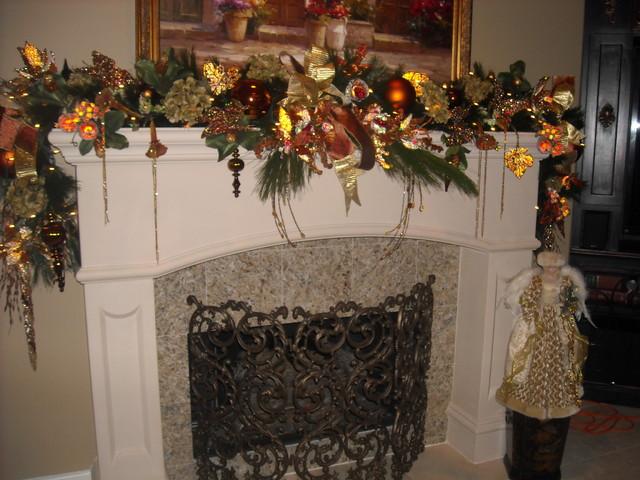bronze christmas theme traditional-family-room