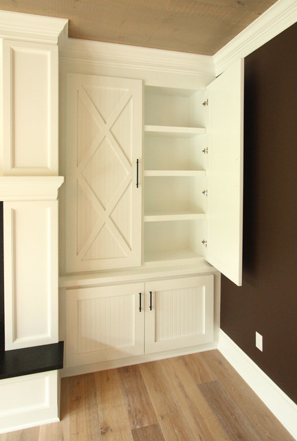 Built-in Bookcase - Farmhouse - Family Room - providence ...