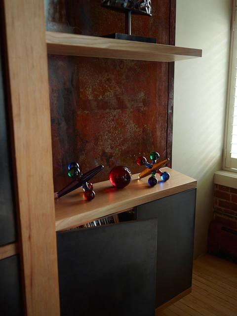 Built-In Media Wall modern-family-room