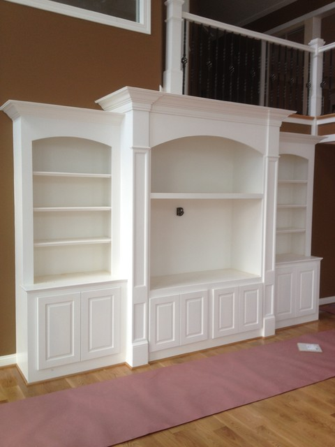 built-ins traditional-family-room