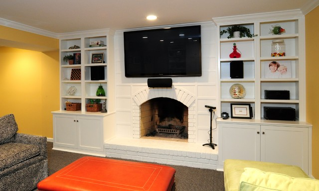Cabinets Surround A Fireplace  Traditional  Family Room. Tan Black And White Living Room. Living And Dining Room Color Schemes. Modern Condo Living Room. What Paint To Use In Living Room