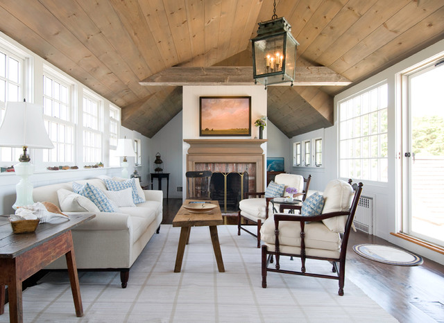 Cape Cod House traditional-family-room