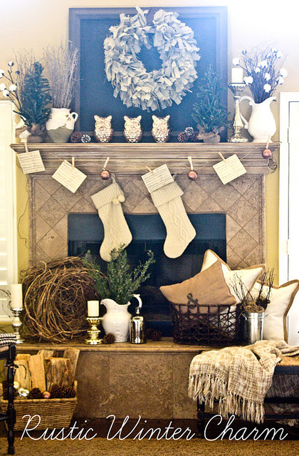 Christmas Decor traditional-family-room