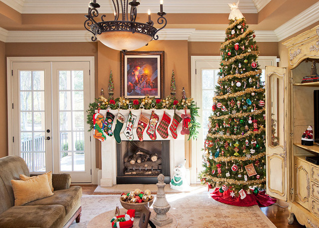 Decorating Family Room christmas decorating - 1 - traditional - family room - nashville