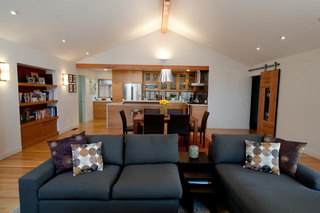 Clarum Custom Homes traditional-family-room