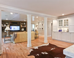 Classic Coastal Colonial Renovation - Great Room traditional family room