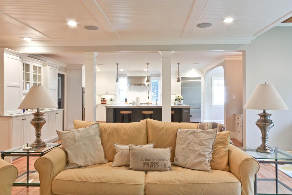 Inspiration for a timeless family room remodel in Newark