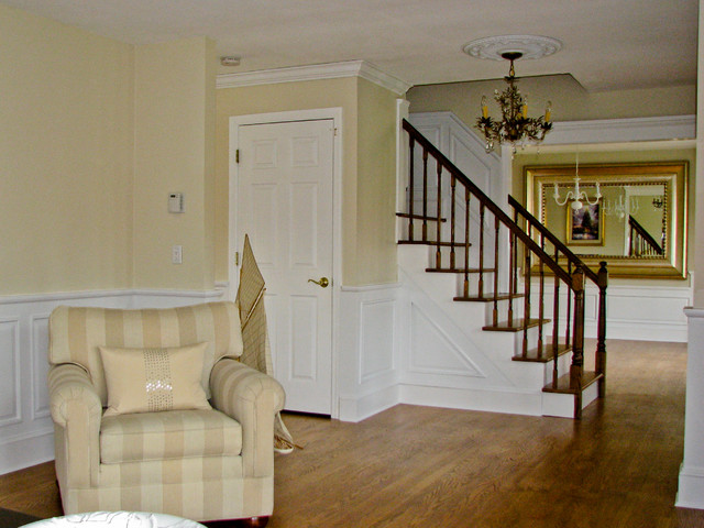 Classic Colonial Raised-Panel Wainscoting traditional-