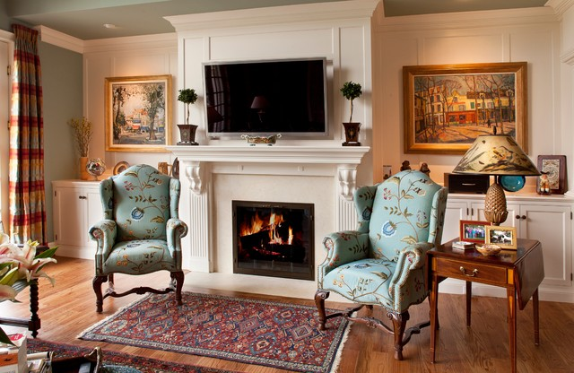 classic comfort traditional-family-room