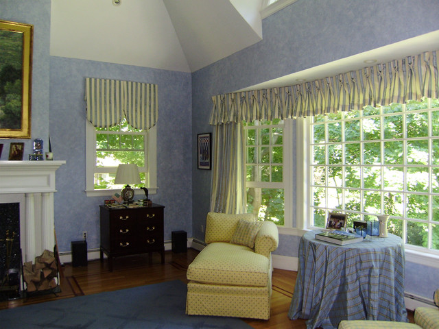 Classic Wellesley Home Traditional Family Room