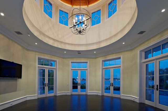 This is an example of a nautical family and games room in Tampa.
