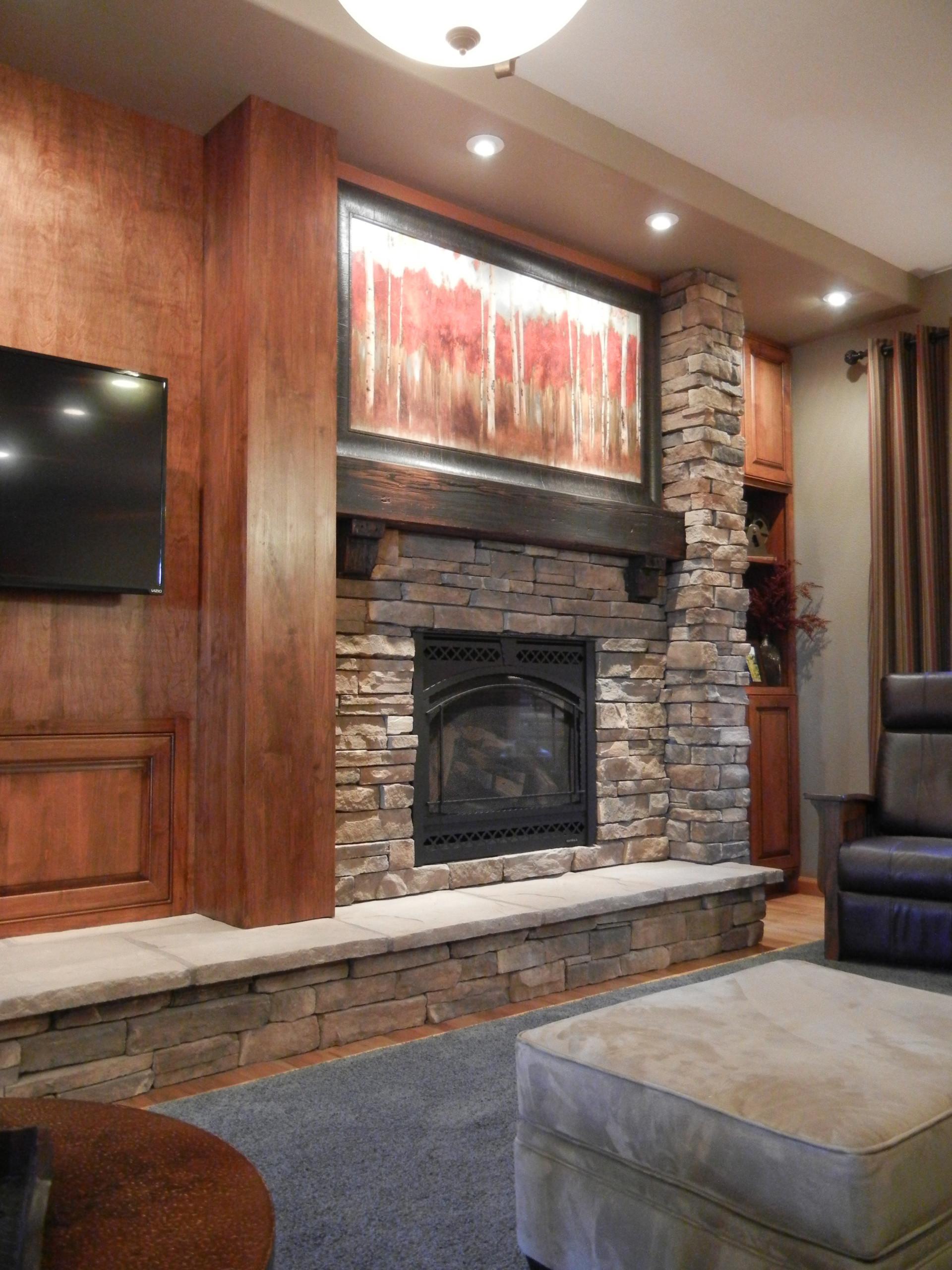 Comfortable Colorado Family Room