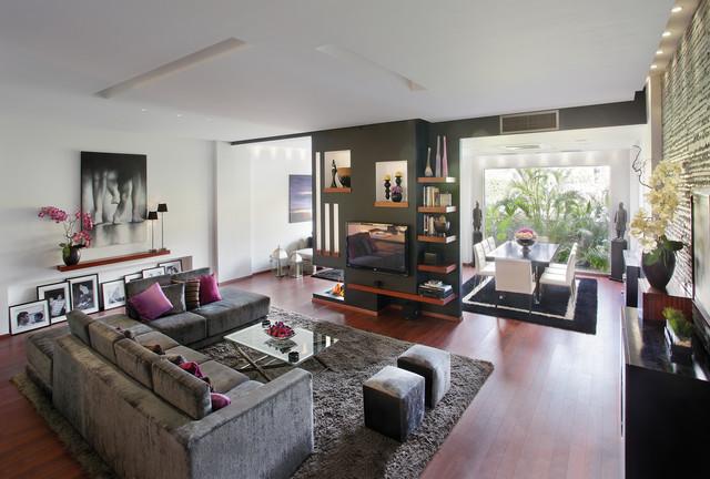 Contemporary spaces 1 contemporary-family-room