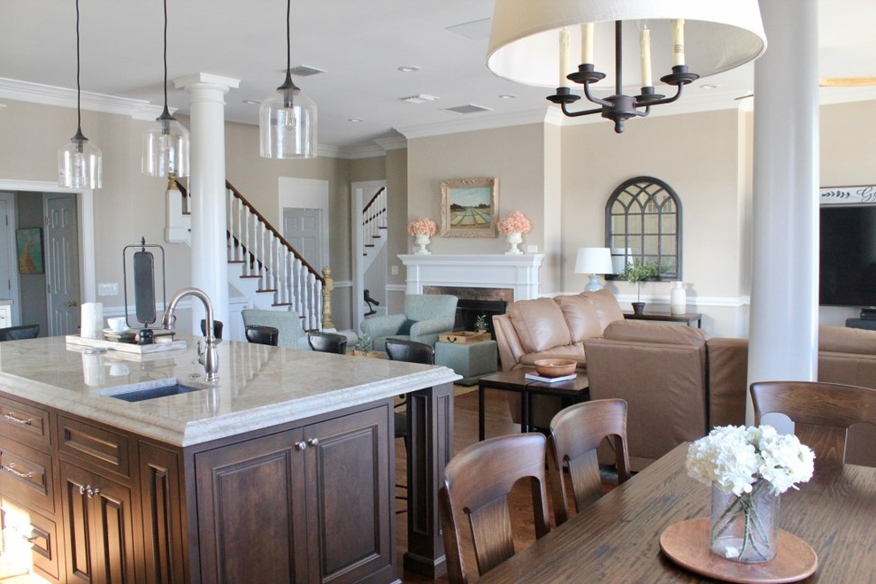 Contemporary Traditional Great Room