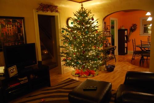 Cozy Wisconsin Christmas Family Room