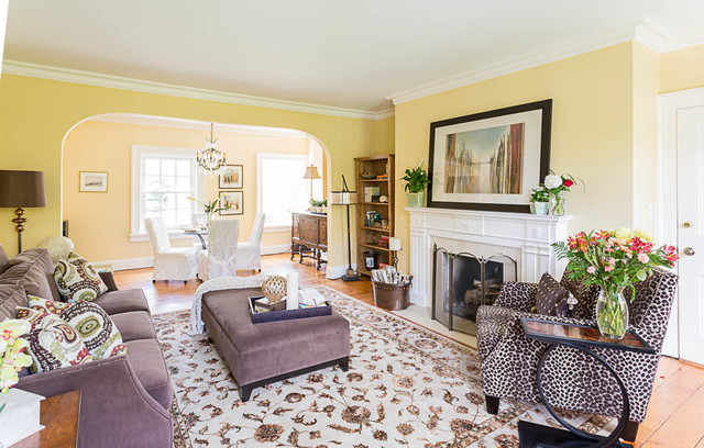 Credit Valley Charm traditional-family-room