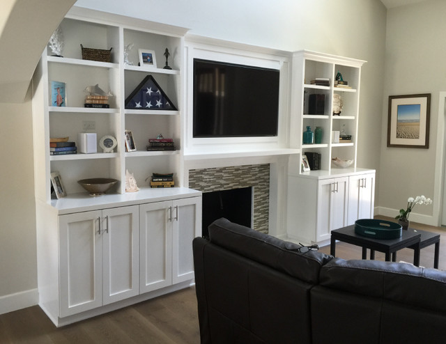 Custom Bookcases Traditional Family Games Room Los