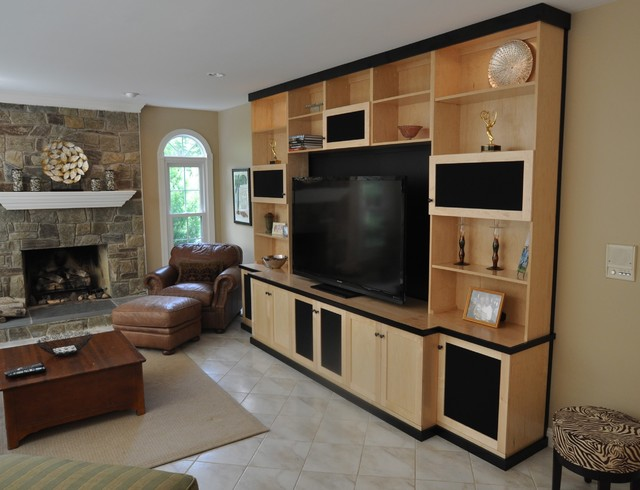 Custom Cabinets   Entertainment Center   Media TV Center  Contemporary Family Room